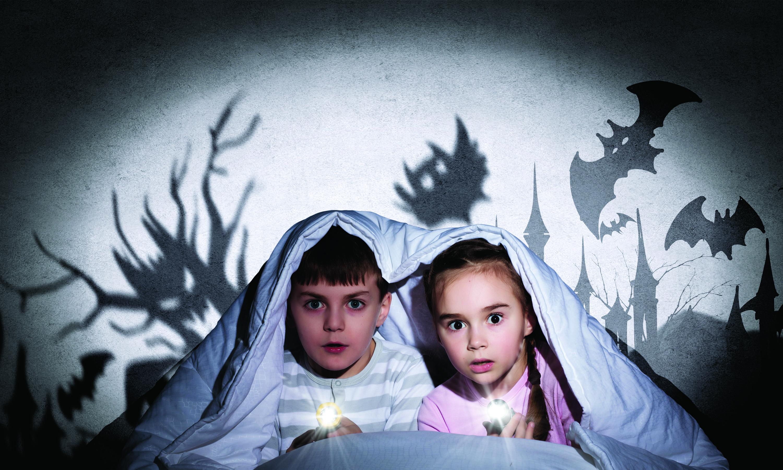 http://valleyparentmagazine.com/wp-content/uploads/2015/09/helping-kids-handle-fear.jpg
